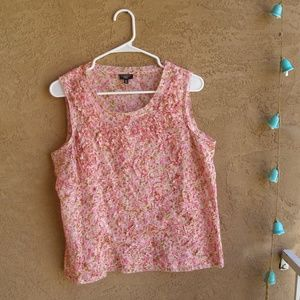 Ultra feminine Talbot's 10P Pink flowered Tank top